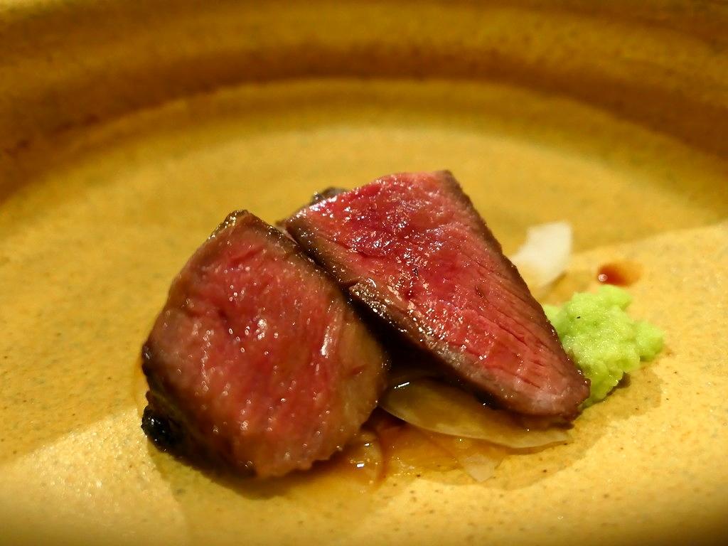 Mのディナー すご腕シェフのよる国産の厳選された馬肉料理が高級素材とともにコース仕立てでいただけるお店がオープンしました! 北新地 「北新地さくら」