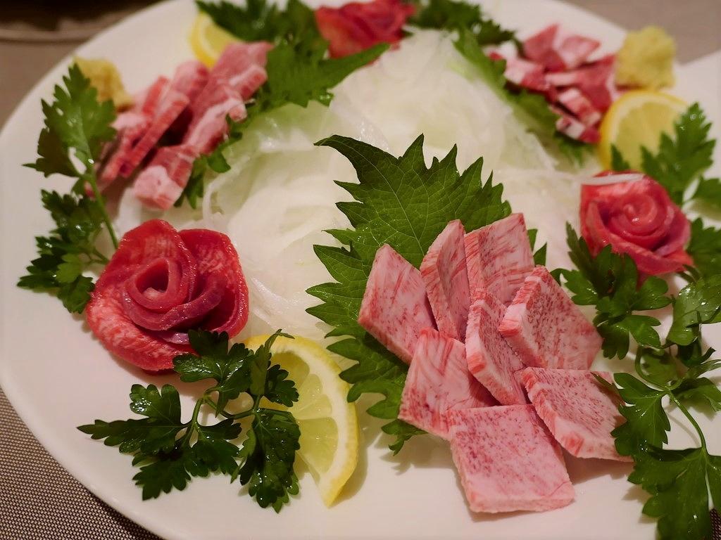 Mのディナー 絶品お肉と海鮮が思う存分食べられるコストパフォーマンスと満足感が高すぎる特上肉の特選コース! 東心斎橋 「肉ya!」