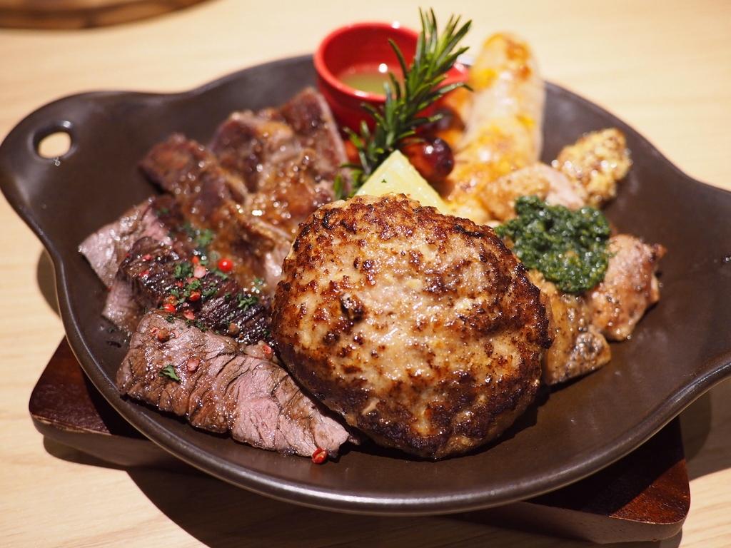 Mのディナー センスの良いお肉料理の数々がお手軽にいただける居心地抜群の肉バル! 京田辺市 「KOKORO29(ココロニーキュー)」