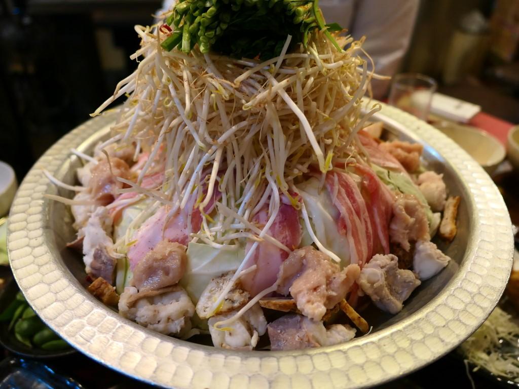 Mのディナー もつ鍋も居酒屋メニューも安くてとても美味しい人気店! 緑橋 「ど鍋や」